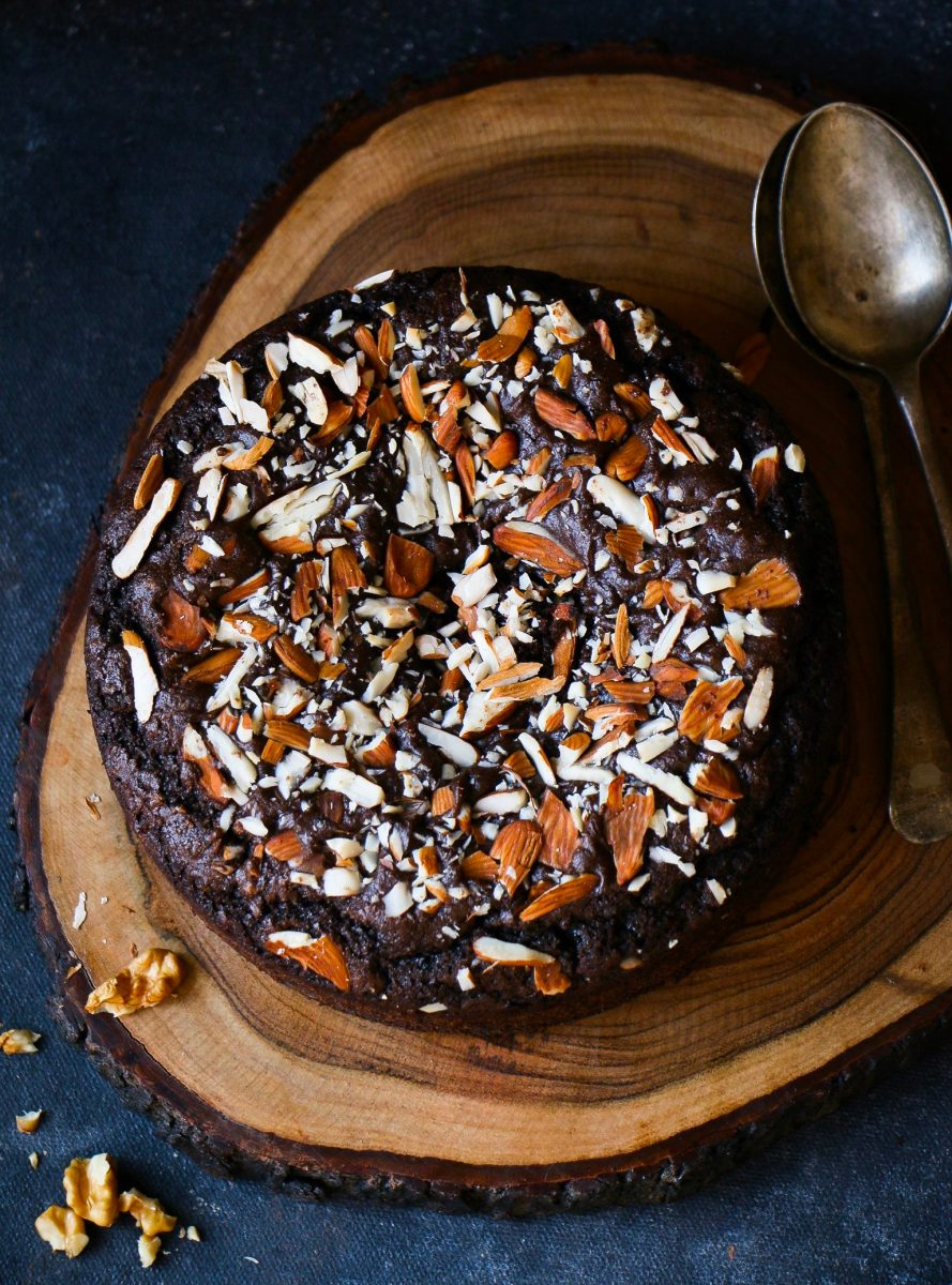 Whole Wheat Dark Chocolate Almond Cake