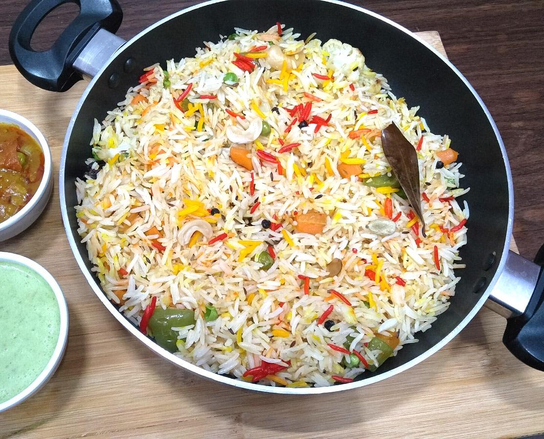 Vegetable Pulao Recipe | वेज पुलाव | Simple Veg Pulao Recipe | Easy Veg Pulav Recipe/Vegetable Rice Vegetable Pulao Recipe