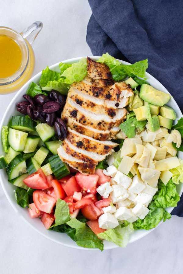 Mediterranean Chicken Salad with Red Wine Dressing