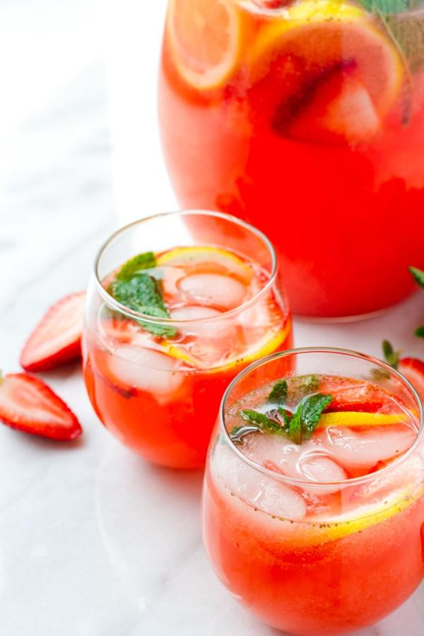 Easy Strawberry Lemonade Recipe Homemade