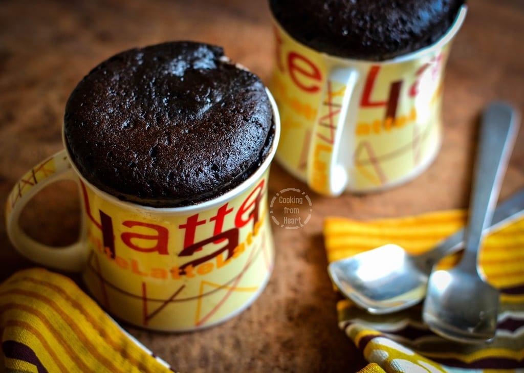 eggless-2-min-choco-mug-cake-5