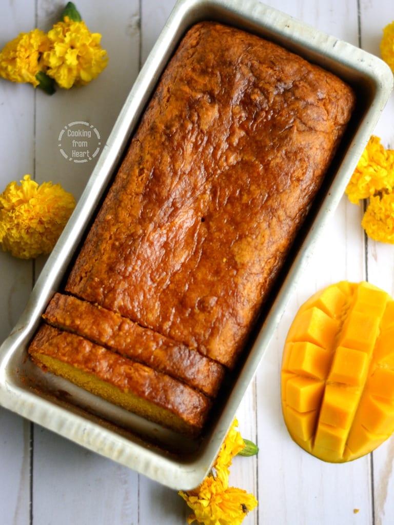 Eggless Mango Loaf