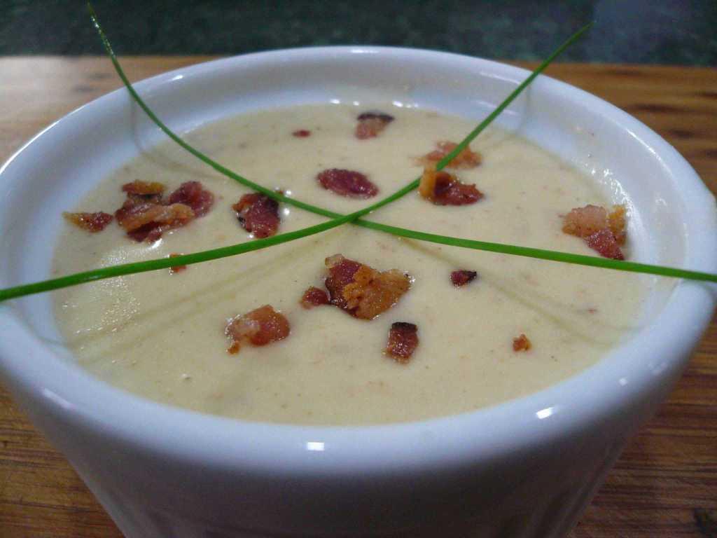 baked-potato-cheddar-soup