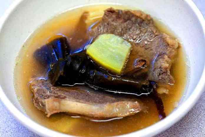Abarabone-No-Shiru-(Spare-Rib-Soup)