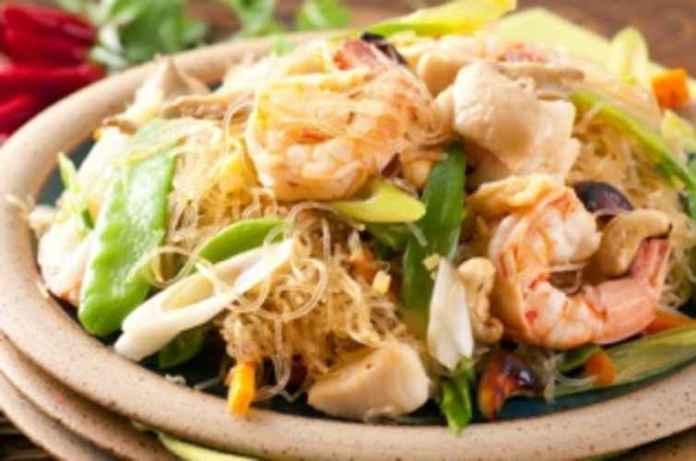 Thai-Fried-Noodles