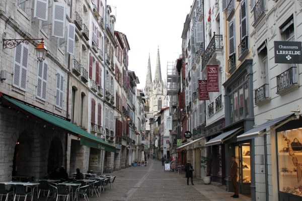 Pics Bayonne France Cooking In Tongues