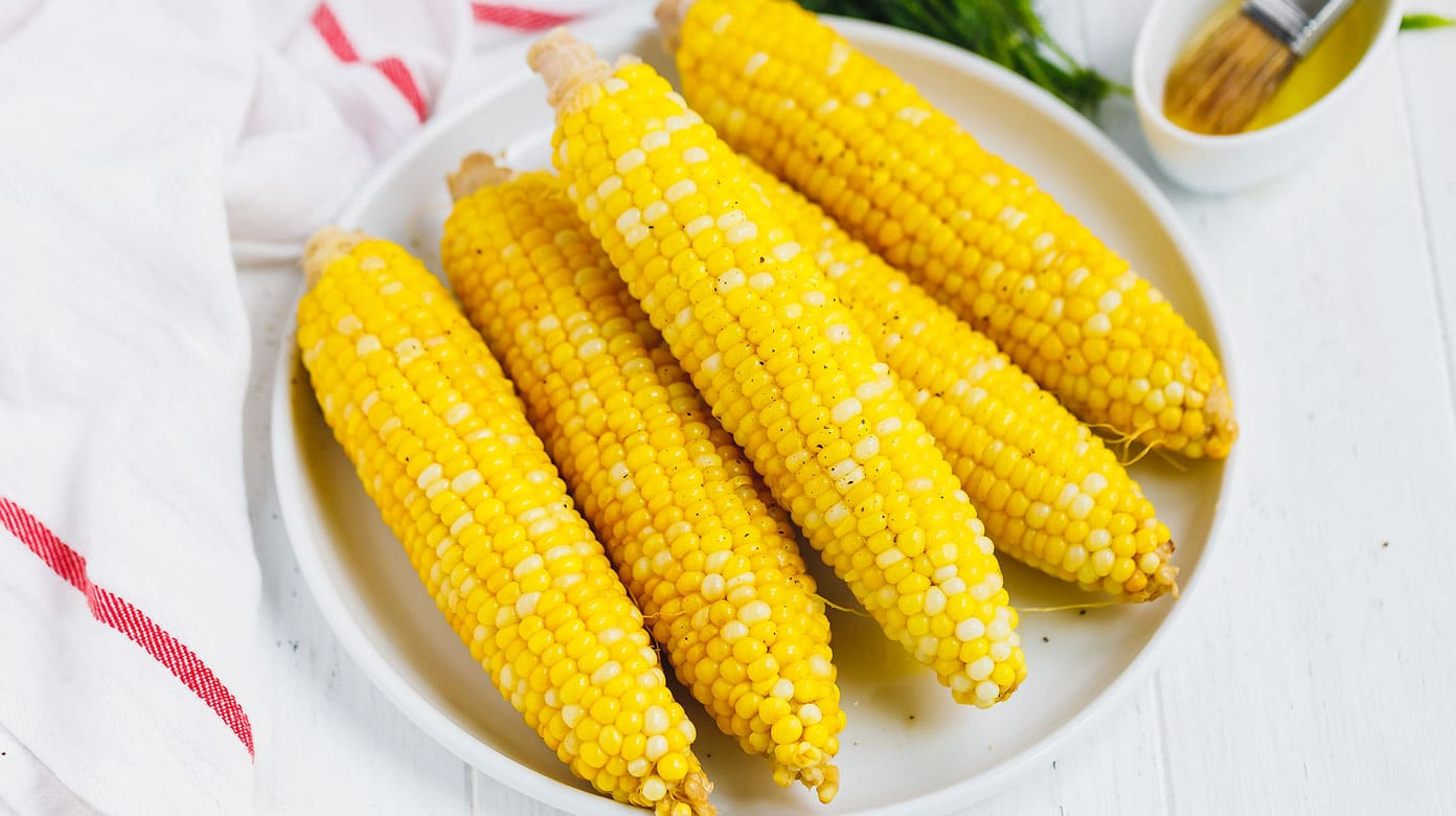 perfect boiled corn on