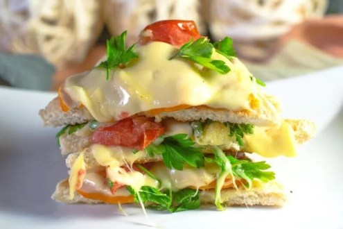 Chicken cheese veggies sandwich - Cooking Romania by Vivi