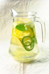 Cucumber lemon mint water on Cooking Romania by Vivi