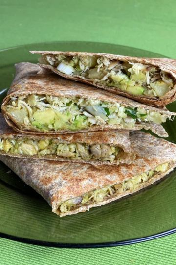 Chicken tortilla with avocado and mozzarella recipe on Cooking Romania by Vivi