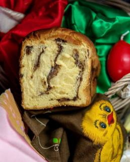 Romanian Easter sweet bread on Cooking Romania by Vivi