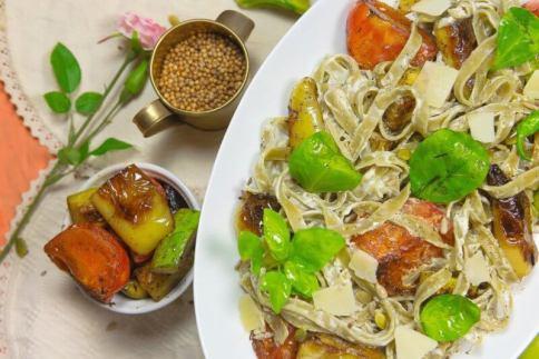 Fettuccine - Cooking Romania by Vivi