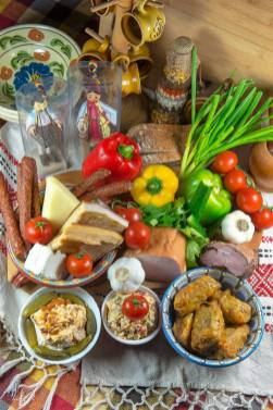 Traditional Romanian food on Cooking Romania by Vivi