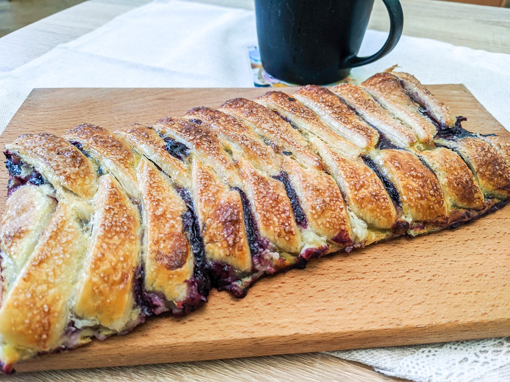 Chokeberry Danish puff pastry braid