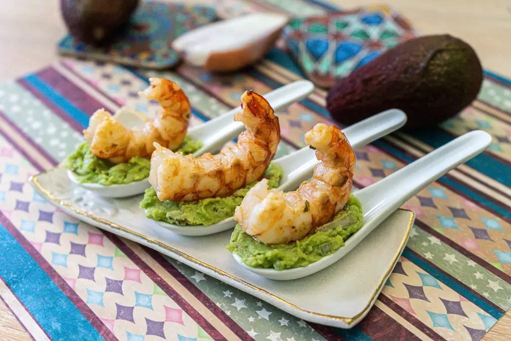 shrimp guacamole spoons tapas hors d'ouevre