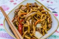 stir fried udon with pork