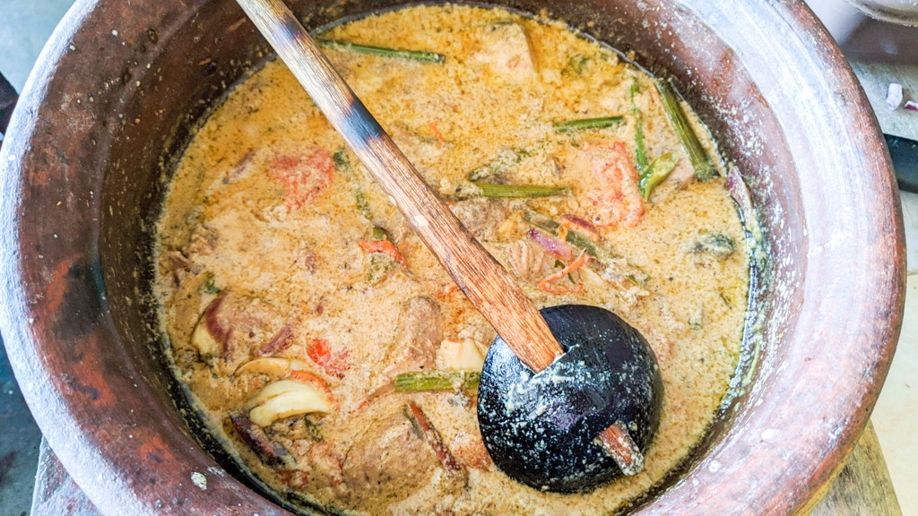 Ambul Thiyal Sri Lankan Sour Fish Curry