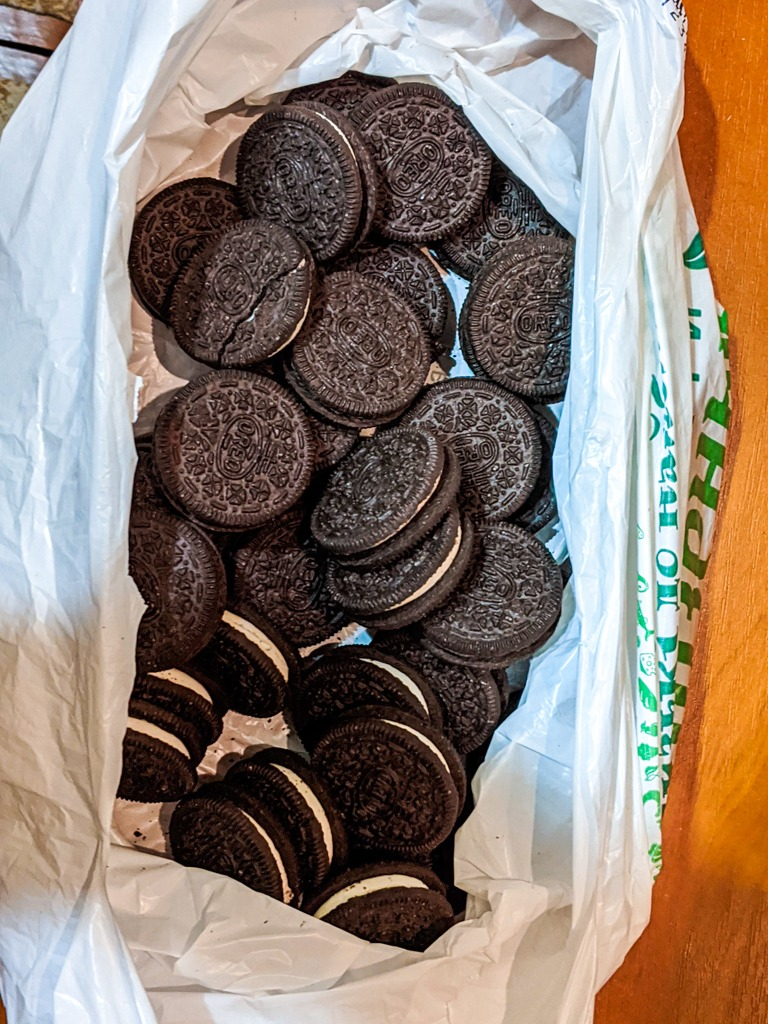 bag of oreo cookies