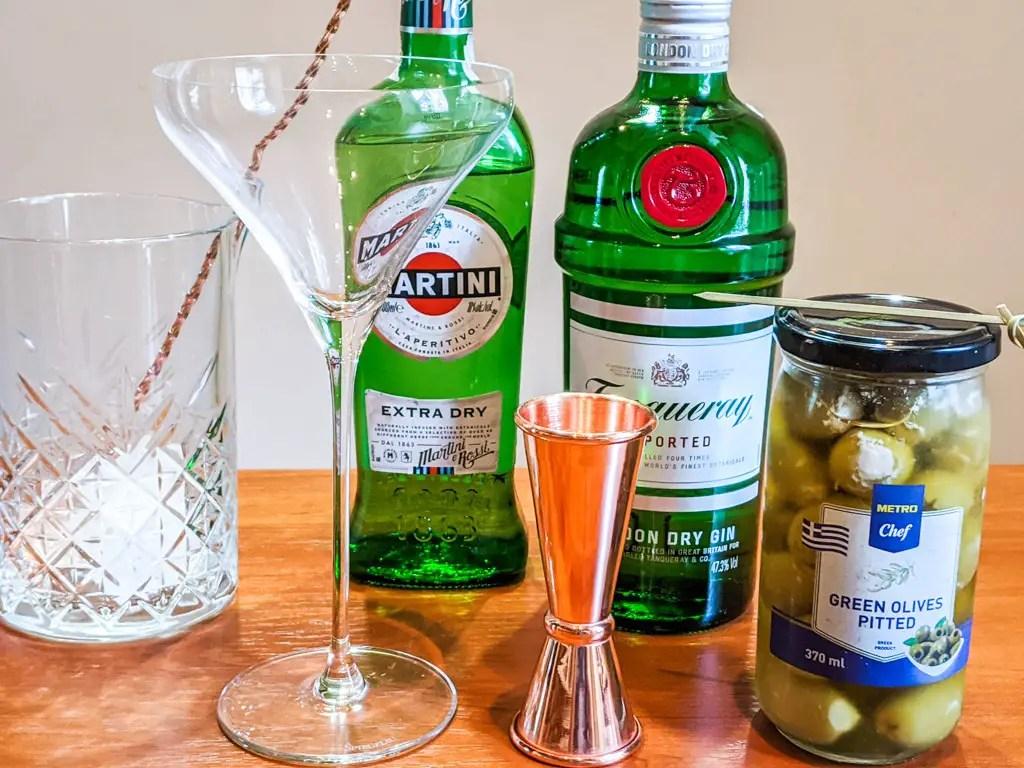 dirty martini ingredients