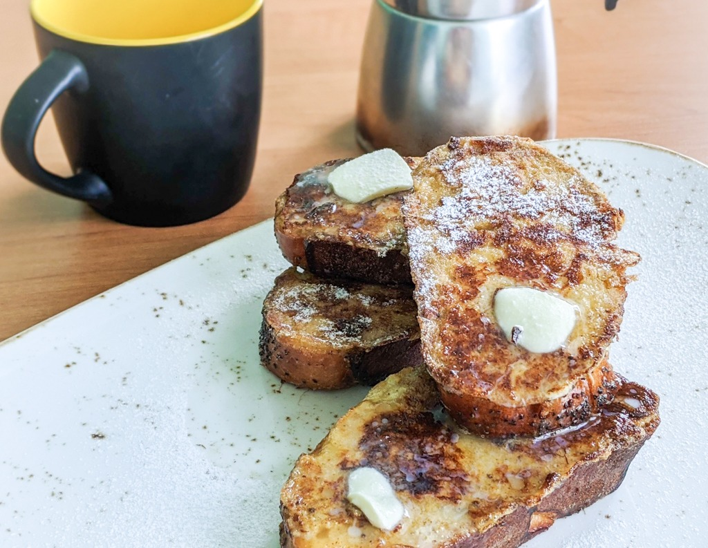 challah bread french toast breakfast