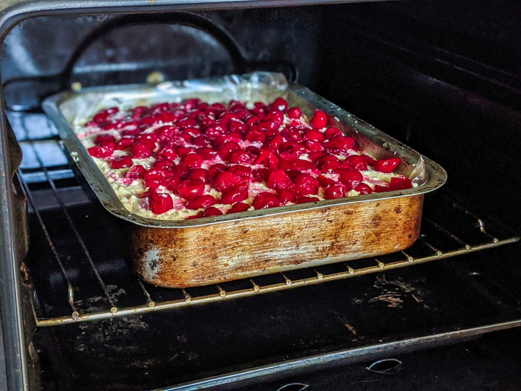 Baking the cheesecake in the oven