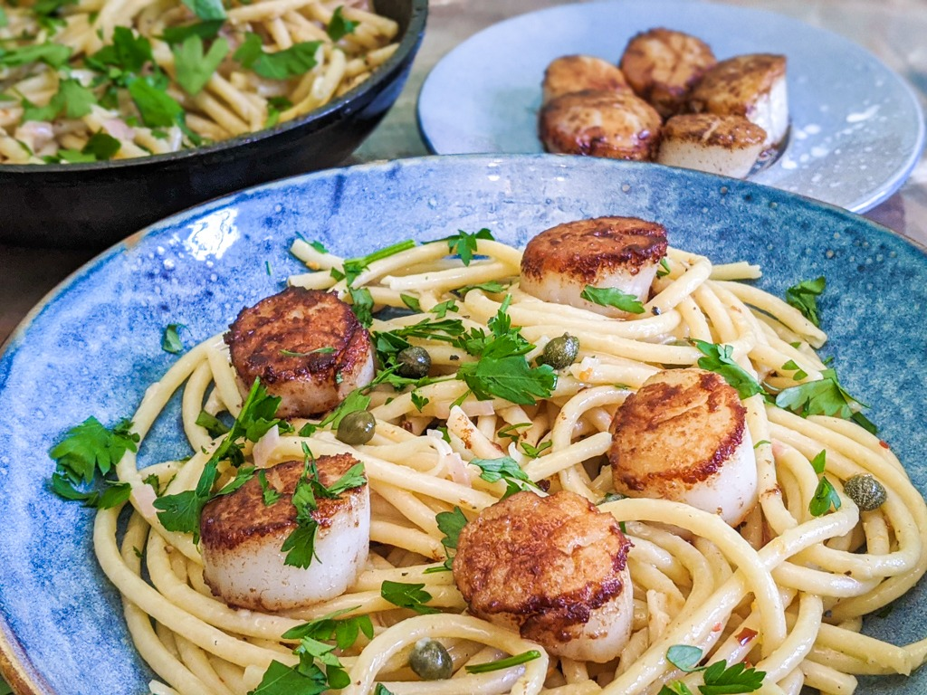 Seared Scallops With Lemon Caper Pasta