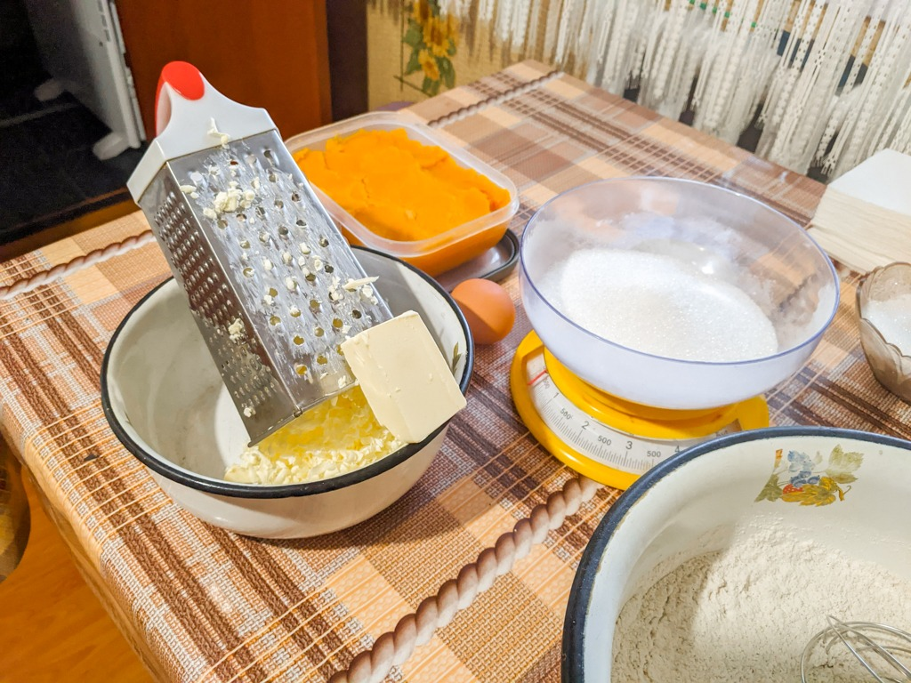 grating butter to cream with sugar