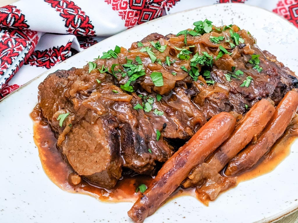 Onion Braised Beef Brisket