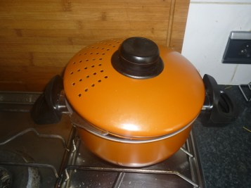 pastrami-steaming-cookingtrips-wordpress-com.jpg