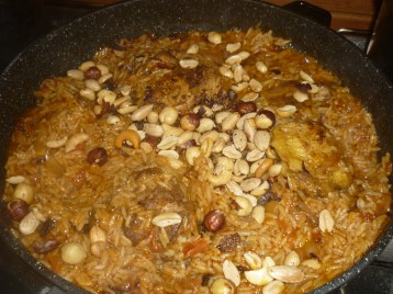 Al Kabsa in the making - cookingtrips.wordpress.com