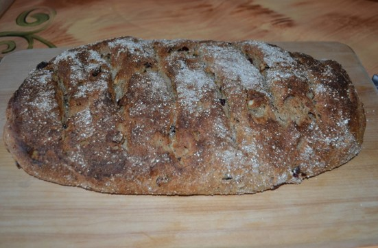 Cranberry and nut rye bread
