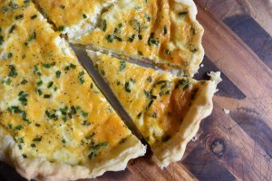 Breakfast Quiche with Canadian Bacon and Cheddar