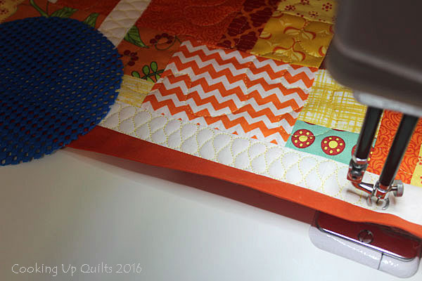 Ribbon Quilting Stitch in Border