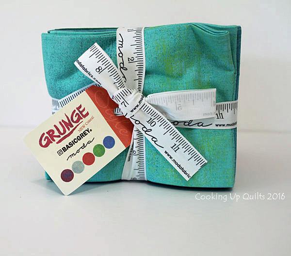 Basic Grey Moda Grunge FQ bundle