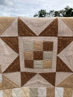 MCM #130 – The Tiny House Quilt is a Finish!