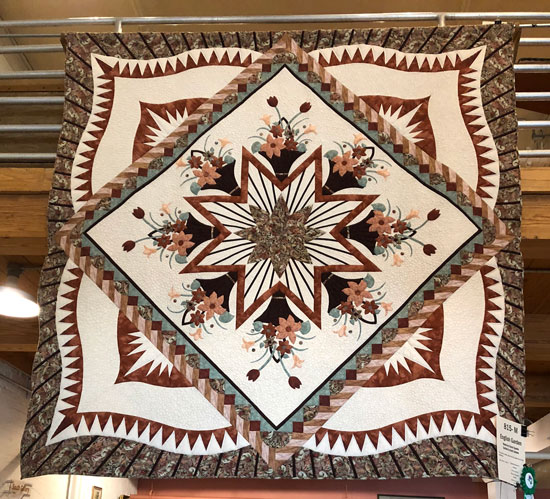 English Garden by Judy Neimeyer quilted by Beth Sellers of Cooking Up Quilts