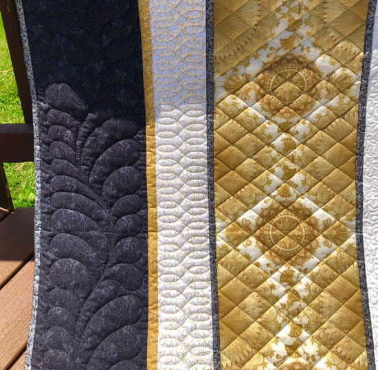 Border quilting by Beth Sellers of Cooking Up Quilts