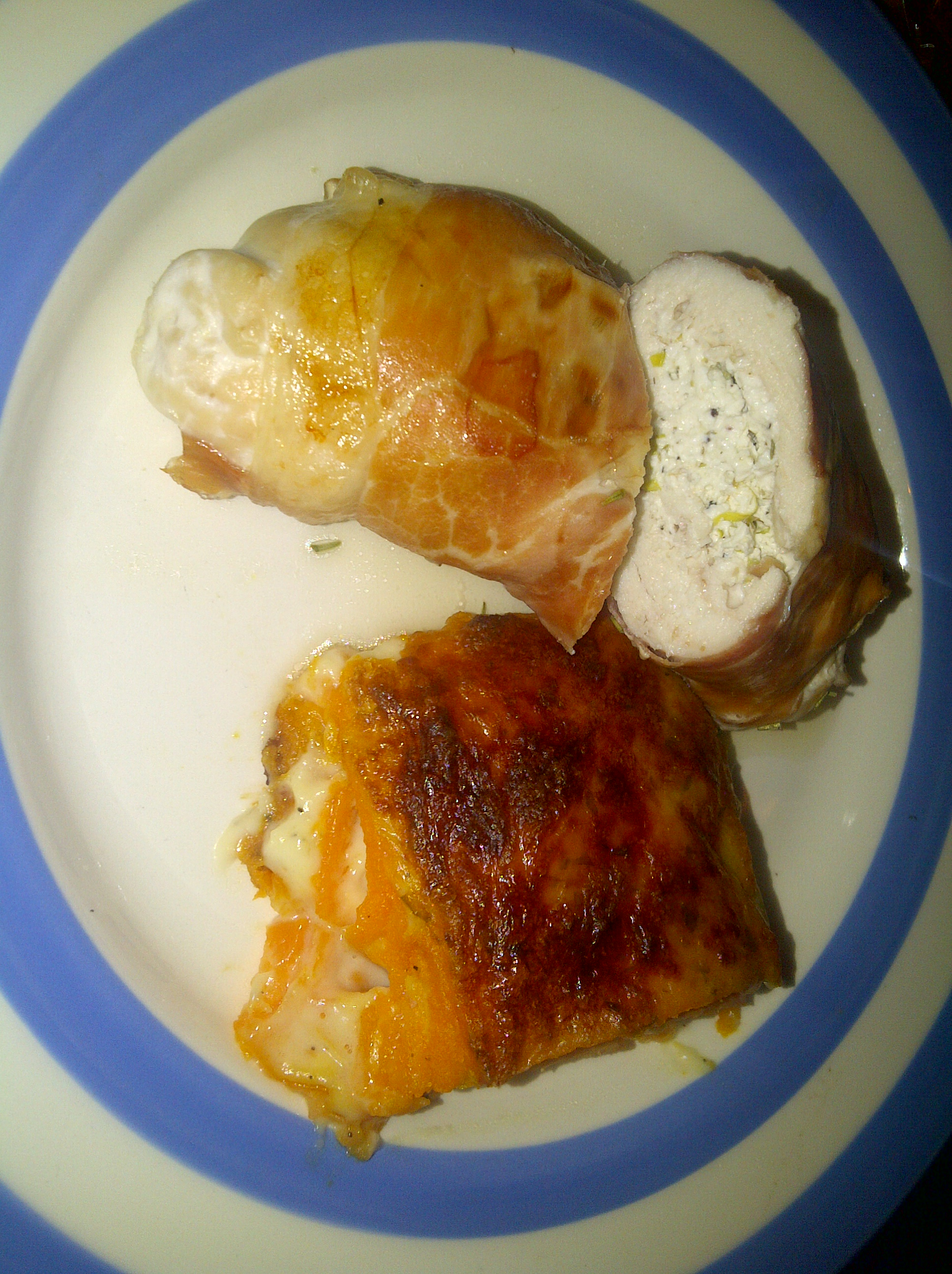 healthy garlic cream cheese stuffed chicken breasts wrapped in parma