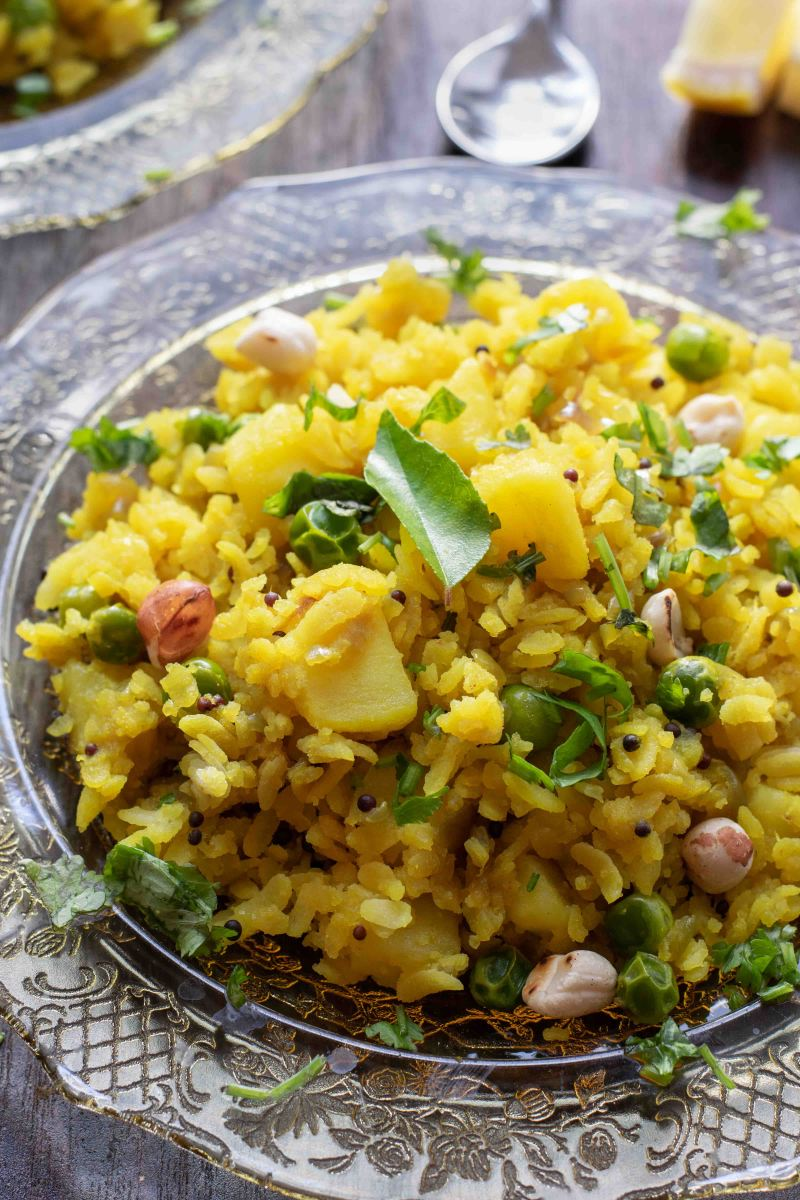 Instant pot Poha | Flattened rice with potatoes and peanuts
