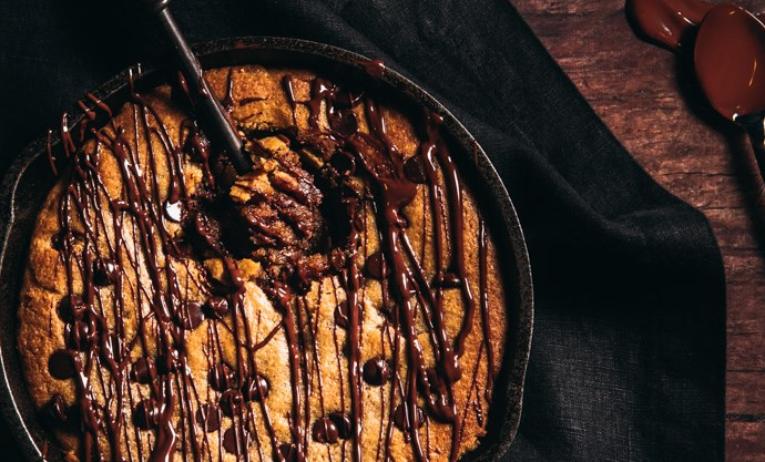 Low Carb Peanut Butter Chocolate Chip Skillet Cookie