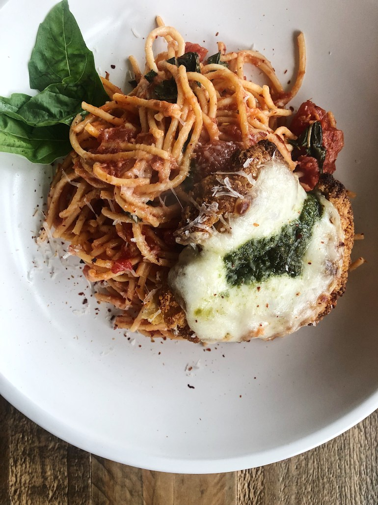 Recipe | Chicken Parmesan with Banza Chickpea Pasta | Cookithealthier.com