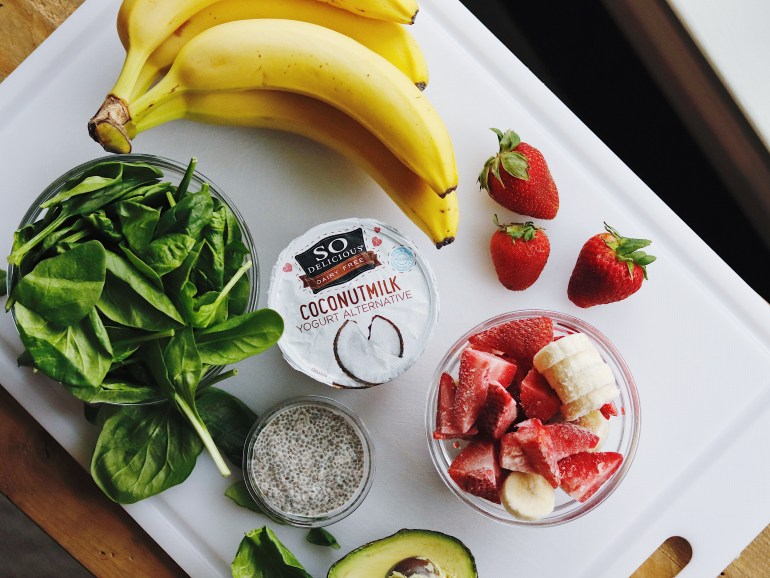 RECIPE | Nutrient Packed Pregnancy Smoothie | cookithealthier.com