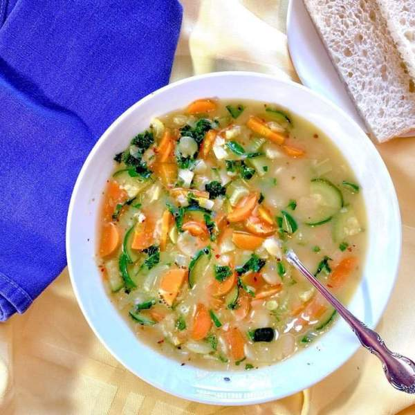 Italian White Bean Soup with Fresh Rosemary and Basil