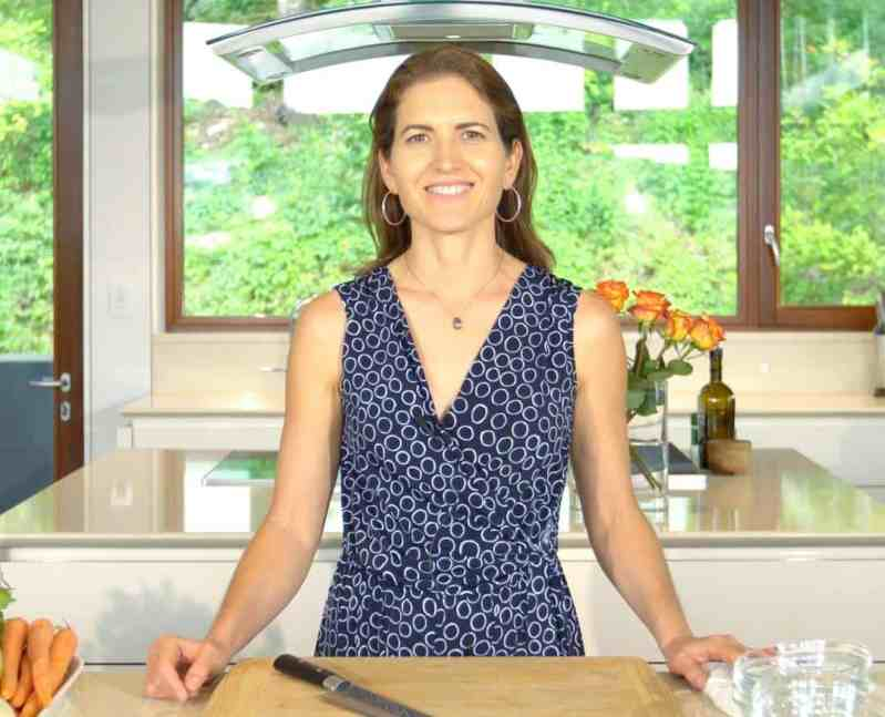 COOK LOVE HEAL with Rachel Zierzow – Online Natural Food Culinary School, where people come to learn about healing cuisine, online and in-person in Austin, TX.