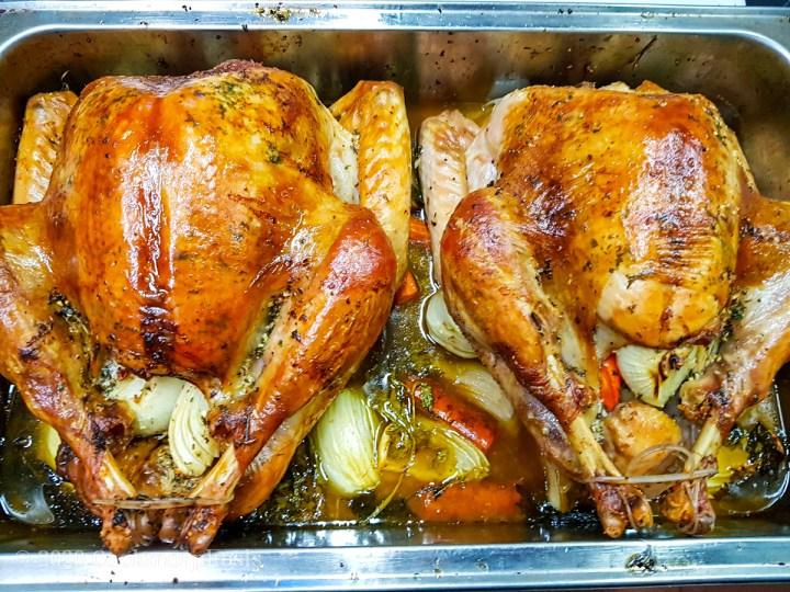 perfect roasted turkeys for thanksgiving dinner