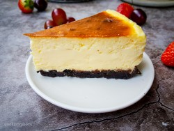 cheesecake factory cheesecake super creamy recipe with oreo crust