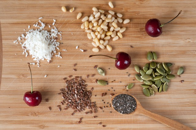 Smoothie bowl toppings