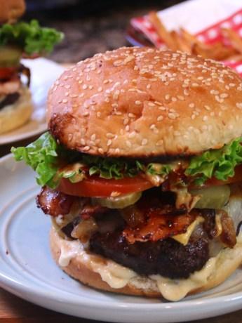 homemadecheeseburger