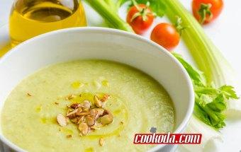 creamy-celery-soup