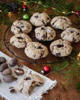 browned butter pecan chocolate chunk cookie - blog-10